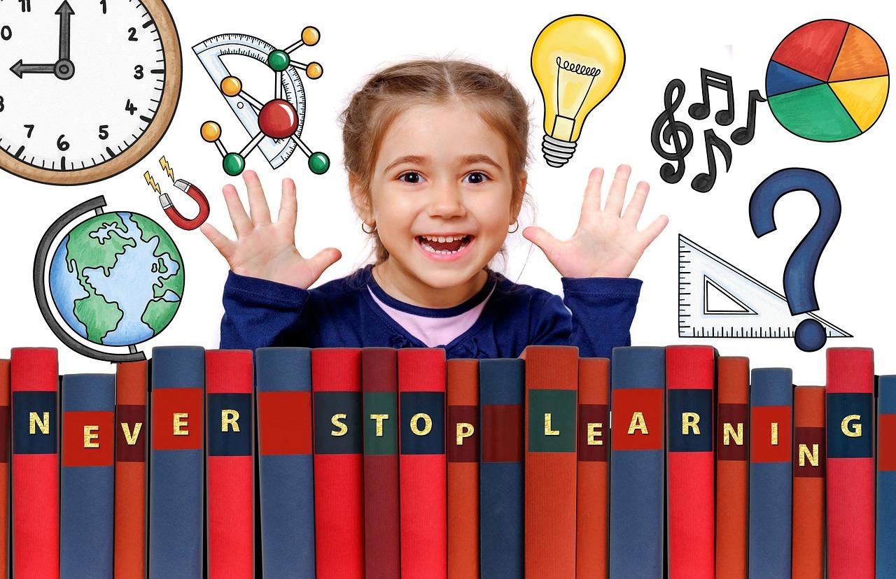 school-eb32b70e2b_1280